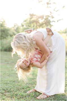 Family Photography by Photographer, Brooke Whitney, featured on The Fount Collective, a lifestyle publication and community devoted to the art of being a mother._0007.jpg