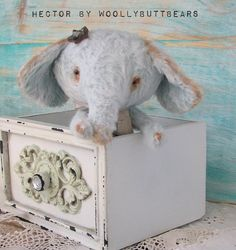 Vintage style mint Elephant 4.3 inches tall door Woollybuttbears