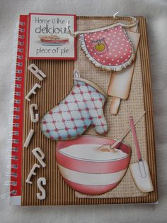 altered notebook.  Notebook recipes. Cuaderno de cocina. Libro alterado.