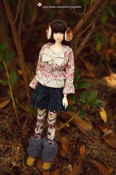 Jiajiadoll-grey colored pattern legging fits Momoko by jiajiadoll