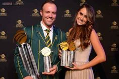 Danielle Wyatt and AB de Villiers were married in 2015 and they are now a happy couple with a baby boy. AB being a top cricketer, they are among the top celebrity couples in the fraternity. Ab De Villiers Wife, Ab De Villiers Photo, Icc Cricket, Cricket World Cup, Alan Walker, People Magazine, Best Player, Celebrity Couples, Net Worth