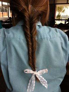 Wearing my hair exactly like this to school when we go back. (: