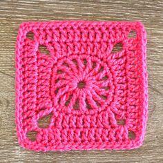 ~ Square 45 ~ • CARTWHEEL MOTIF SQUARE • Pattern - The Art of Crochet magazine