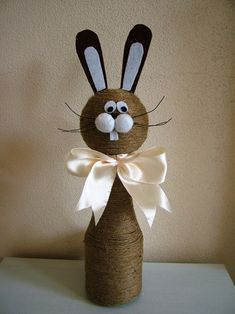 unique spring ornaments decor ideas to beautify your home page 18 Jute Crafts, Diy And Crafts, Crafts For Kids, Wine Bottle Crafts, Bottle Art, Easter Projects, Easter Crafts, Easter Table Decorations, Newspaper Crafts