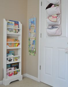 Awesome and creative use of small space - I want to make one of these for the kid's room.