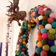 DIY: Felt Ball Christmas Wreath | Craft Hunter