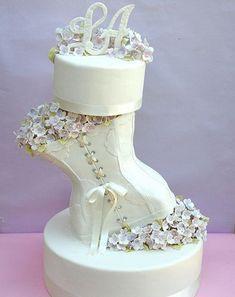 Unique Cake Design for Weddings