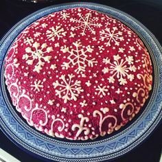 Селедочка под шубкой)) 🎄🎄🎄🎄 Pretty Cakes, Beautiful Cakes, Christmas Cake Decorations, New Year's Food, Fruit Tart, Xmas Food, Russian Recipes, Noel Christmas, Food Art