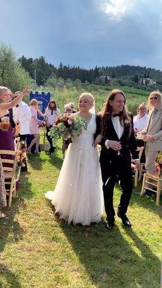 lalindi_bryllup on Instagram: Just a normal wedding day by #lalindiweddings Destination Wedding, Wedding Day, George Harrison, Wedding Decorations, Flower Girl Dresses, Weddings, Wedding Dresses, Instagram, Fashion