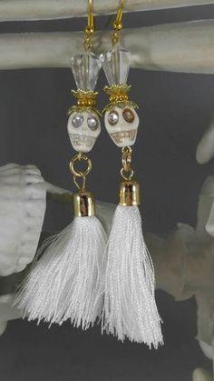 This item is unavailable Beaded Earrings, Earrings Handmade, Beaded Jewelry, Handmade Jewelry, Wire Jewelry, Goth Jewelry, Skull Jewelry, Jewlery, Halloween Earrings