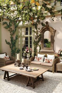 Breathtaking photos of patios. Covered patios, pergola, terraces & more. Get inspired by these stunning patio designs, just clicking here. Outdoor Rooms, Outdoor Living, Outdoor Decor, Party Outdoor, Outdoor Mirror, Outdoor Seating, Rustic Outdoor, Outdoor Projects, Outdoor Ideas
