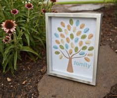 Free family reunion download!  Invitations, decorations and more!  A party plan in one place.