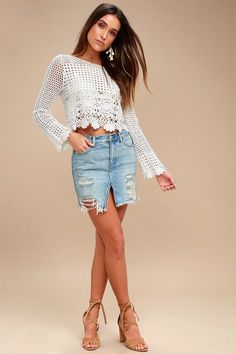 0ac2d42142 RELAXED   DESTROYED LIGHT WASH DISTRESSED DENIM MINI SKIRT