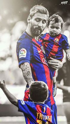 Messi with his kids