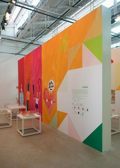 "Linhas de Histórias"" is a exhibition with a signage and printed pieces created by the Brazilian studio Campo."