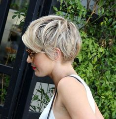 Cute simple easy daily pixie cut with layers