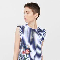 MANGO presents you its new collection. Have a look at our online catalogue and discover the latest fashion trends surfing along the jeans, T-shirts and . Fashion 101, Fashion Looks, Dress Design Patterns, Diy Clothes, Clothes For Women, Striped Fabrics, Casual Outfits, Refashion, Top Bordado
