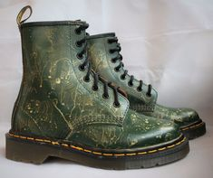 2258324fbb8 Dr Martens Made in England 1460 Green new w/o box custom gold paint Docs