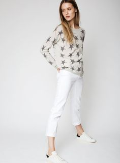The Star Cashmere Sweater in Glazier Grey Uk Size 16, Star Print, Cashmere Sweaters, Lust, White Jeans, Stars, Grey, Summer, Model