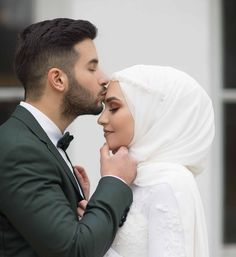 Image may contain: 2 people, wedding You can find different rumors about the real history of the marriage dress; Wedding Couple Poses Photography, Bridal Photography, Wedding Poses, Wedding Couples, Wedding Ideas, Muslimah Wedding Dress, Muslim Wedding Dresses, Muslim Brides, Hijab Bride