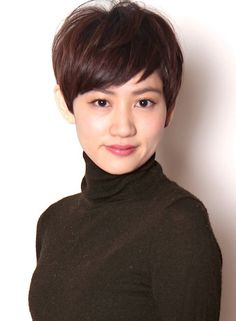 Japanese Short Hair, Asian Short Hair, Medium Short Hair, Asian Hair, Short Hair Cuts For Women, Girl Short Hair, Short Hairstyles For Women, Hairstyles With Bangs, Medium Hair Styles