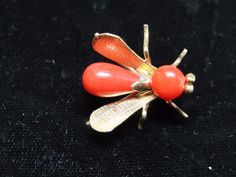 Beautiful Victorian 18 KT. Yellow Gold & Coral Bee Pin  | eBay