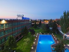Madrid Melia Barajas Spain, Europe Ideally located in the prime touristic area of Barajas, Melia Barajas promises a relaxing and wonderful visit. Offering a variety of facilities and services, the hotel provides all you need for a good night's sleep. Service-minded staff will welcome and guide you at the Melia Barajas. All rooms are designed and decorated to make guests feel right at home, and some rooms come with locker, closet, towels, slippers, television LCD/plasma screen....