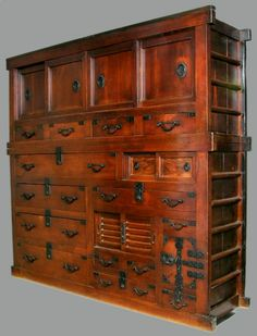 Kitchen Cabinet (Daidokoro Todana): Made of hinoki cypress with a fuki-urushi lacquer finish, this cabinet is from the Edo Period (19th century). The lacquering technique involves repeatedly applying a clear lacquer and removing the excess until a thin layer is built up over the surface. Since the lacquer is made to penetrate the wood, it cannot chip off like finishes. #lacquer #cabinet #interior #furniture #japan #morikami