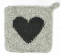 Ulla 01/04 - Neuleohjeet - Huovutetut patalaput Pot Holders, Knitting Patterns, Coasters, Felt, Rugs, Crochet, Handmade, Diy, Inspiration