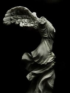 The Winged Victory of Samothrace, BC marble sculpture of the Greek goddess Nike (Victory) Winged Victory Of Samothrace, Greek Art, Ancient Greece, Ancient Art, Oeuvre D'art, Art And Architecture, Cyberpunk, Art History, Victorious