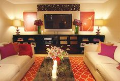 Most excellent colors, lamps, art, console, rug.  Yep, I lurve it all.