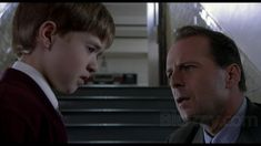 Written originally as a sample essay for Media Studies, this review is a story and production element analysis of five key scenes. M Night Shyamalan's The Sixth Sense (1999) is a carefully crafted …