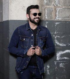 Jaqueta jeans: a pedida certa pro inverno brasileiro. | Blog do Bruno Figueredo Polo Wear, Look, Denim, Jackets, Fashion, Jean Jacket Hoodie, Winter Time, Down Jackets, Moda