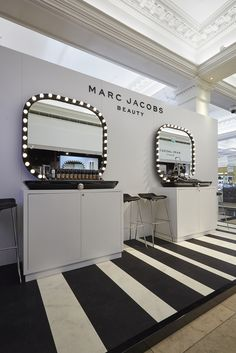 Marc Jacobs Beauty x Harrods London;  Production & Installation: Harlequin Design ; Creative Concept: Chameleon Visual;  Photography: Melvyn Vincent