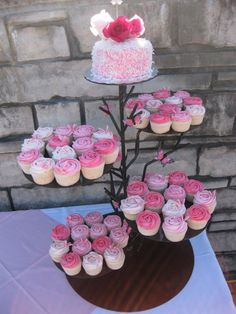 Image detail for -Niagara Wedding Cupcakes Edible Centrepieces Guest Favour Cupcake ...