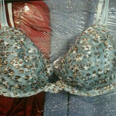 MARK & spencer bra NWOT  34c NWOT tags  still has one sticker tag    no price one so never washed or worn  pretty almost cheta like print I'd say  blue n brown  no push up under wire   34 c UK Intimates & Sleepwear Bras