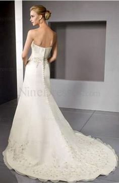 Classic Chapel Train Strapless A-line Beaded Sleeveless Bridal Gown -US$196.49 - ninedresses.com