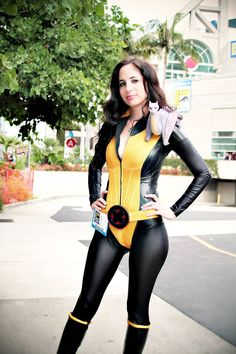 comicbookcosplay:  Shadowcat & Lockheed attending SDCC2013 Submitted byKelly Carlton