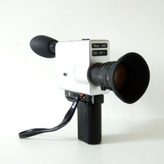 Your place to buy and sell all things handmade Vintage Video Camera, Vintage Cameras, Super 8 Camera, 8mm Camera, Super 8 Film, Movie Camera, Photography 101, Antique Photos, Film