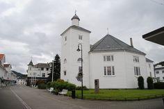 Fotografía: Amparo Vinuesa- Pueblo Noruego Bergen, Oslo, Tour, Scandinavian, Stockholm, Cruise, Vacations, Places To Visit, Castles