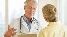 """Nur gut jeder dritte Deutsche fühlt sich von seinem #Arzt angemessen über Chancen, Risiken oder Behandlungsalternativen aufgeklärt. Das zeigt der """"Meinungspuls #Gesundheit"""" der Techniker Krankenkasse (TK), der der Deutschen Presse-Agentur in Auszügen vorliegt. Bei der Umfrage gaben lediglich 36 Prozent an, dass sie sich voll und ganz informiert fühlten, als sie sich das letzte Mal einer ernsteren medizinischen Behandlung bei einem niedergelassenen Arzt oder im #Krankenhaus unterziehen…"""