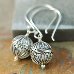 """Sterling silver Bali earrings """"Hot Air Balloon"""" design at http://southpawonline.com/products/sterling-silver-bali-earrings-hot-air-balloon-design"""