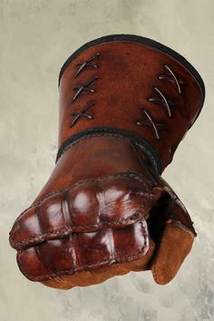 Leather Gauntlet - Right Hand - Brown, Larp Inn- Hands - Leather
