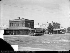 Fletcher St, Essendon, circa 1910. http://wiki.prov.vic.gov.au/images/c/cd/12800-P0001-000181-080.jpg