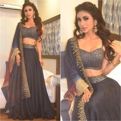 Call/WahtsApp for Customised Purchase : Dress Indian Style, Indian Fashion Dresses, Indian Designer Outfits, Designer Dresses, Fashion Outfits, Indian Bridal Lehenga, Indian Bridal Outfits, Wedding Dresses For Girls, Party Wear Dresses
