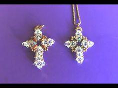 Tutorial Croce Bizantina in 2 versioni con superduo e bicono 4 e 3 mm. Beaded Brooch, Beaded Earrings, Super Duo, Beaded Cross, Beaded Jewelry Patterns, Handcrafted Jewelry, Pendant Jewelry, Jewelry Design, Jewelry Making