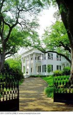 Mississippi Antebellum Plantation Homes | Natchez, Mississippi, USA Stanton Hall antebellum plantation mansion ...