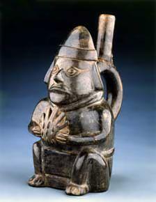 La cerámica Chimú cumple 2 funciones: para uso diario o doméstico y para las ofrendas ceremoniales.