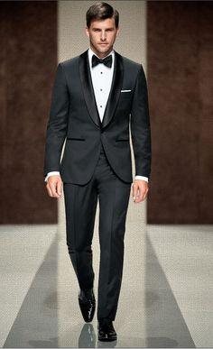 Sin lugar a dudas... Hugo Boss. #HugoBoss #Hombre #Moda #elegante #suit #traje #pajarita