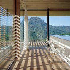 Fenêtres & Portes de style de style Moderne par Dietrich | Untertrifaller Architekten ZT GmbH